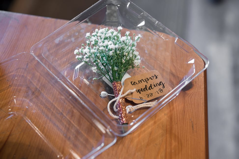 Detail shot of a groom's boutonniere.